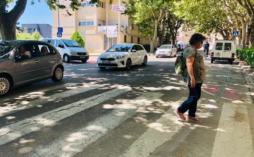 Comencen els treballs per millorar la seguretat de tres passos de vianants de l'avinguda de la Mare de Déu del Claustre deSolsona